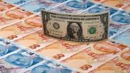 Amerikanischer Dollar und türkische Lira