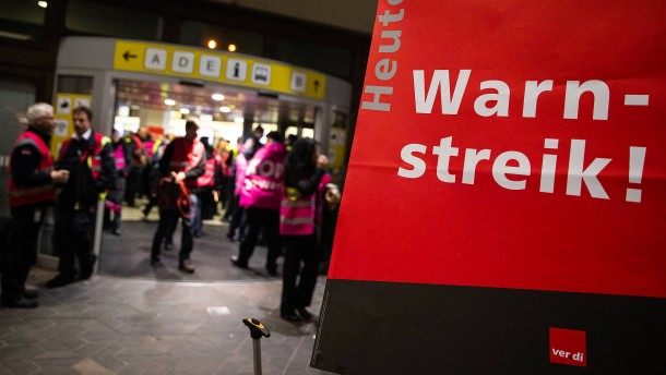 Warnstreik an Berliner Flughäfen beendet