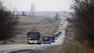 Flucht aus dem eingekesselten Debalzewe im Osten der Ukraine