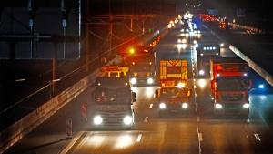 Jetzt geraten die Lastwagen ins Visier der Klimaschützer