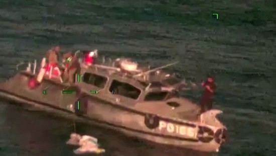 Drogenschmuggler auf hoher See verfolgt