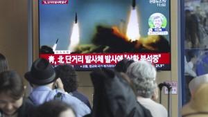 Nordkorea feuert Geschosse ab