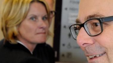 Susanne Gaschke (im Hintergrund) und Torsten Albig auf einem Foto im September 2013 - kurz vor dem Rücktritt Gaschkes als Kieler Oberbürgermeisterin.