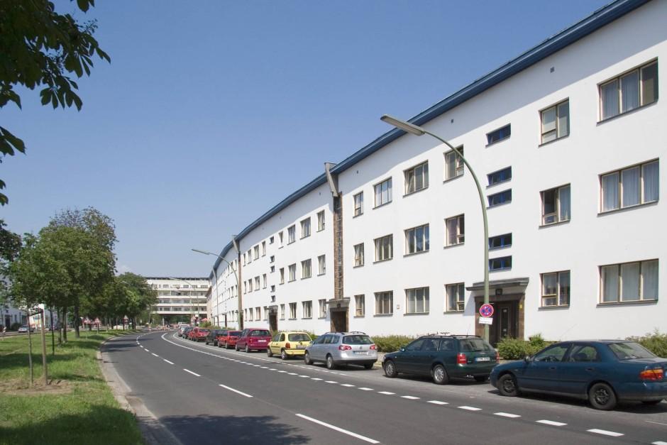 bernahmeschlacht deutsche wohnen wehrt sich unternehmen faz. Black Bedroom Furniture Sets. Home Design Ideas