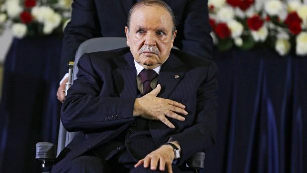 Ein letztes Mal Bouteflika