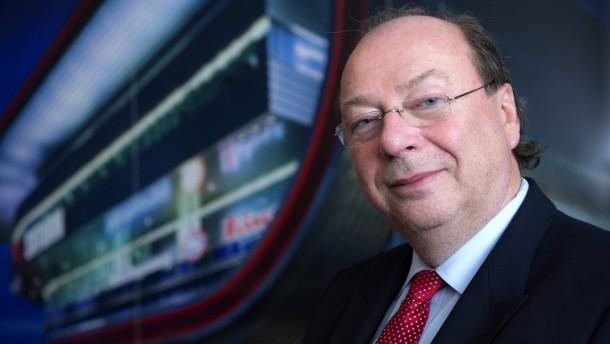 Horst Norberg - Der Vorstandsvorsitzende der Elektronik-Fachmarktkette Media Saturn stellt sich in Ingolstadt den Fragen von Georg Meck