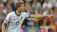 Wann trifft er wieder? Thomas Müller nimmt's nicht leicht – aber auch nicht zu schwer.