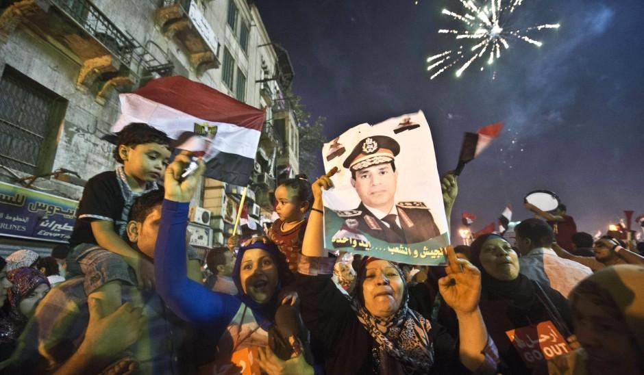 Verteidigungsminister al-Sisi verkündete den Arrest des Präsidenten