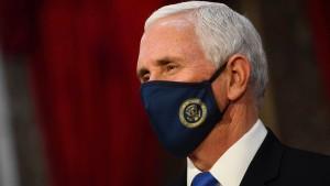 Mike Pence lässt sich Herzschrittmacher einsetzen