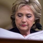 E-Mail-Affäre: Auf Hillary Clinton könnten noch Jahre an Untersuchungen zu ihren E-Mails zukommen.