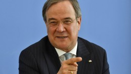 Laschet kritisiert Düsseldorfs Oberbürgermeister