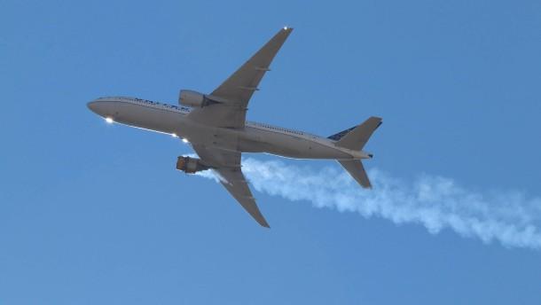 Flugaufsichtsbehörde prüft Boeing 777