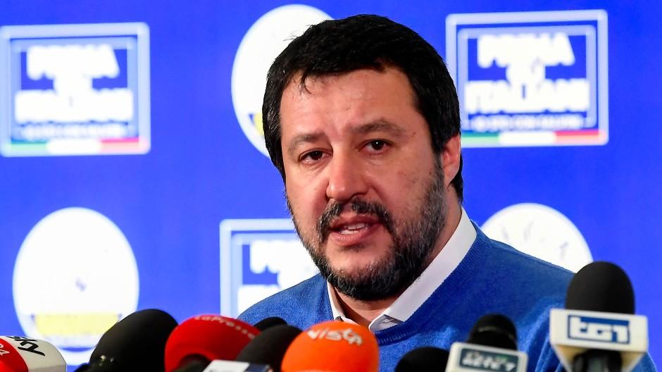 Matteo Salvini muss bei den Regionalwahlen am Sonntag eine herbe Niederlage einstecken.