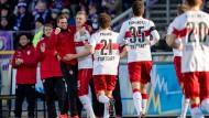 VfB siegt mühelos, Arminia gewinnt gegen Bochum