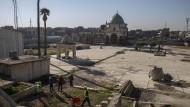 """Blick auf die Nuri-Moschee im Stadtzentrum von Mossul. Von hier aus wurde der """"Islamische Staat"""" ausgerufen."""