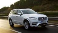 Neue Ära: Volvos großer Geländewagen XC 9 ist schon Realität. Das Sitzkonzept mit Bildschirm wie im Kino für autonome Fahrt blickt eine Dekade voraus.