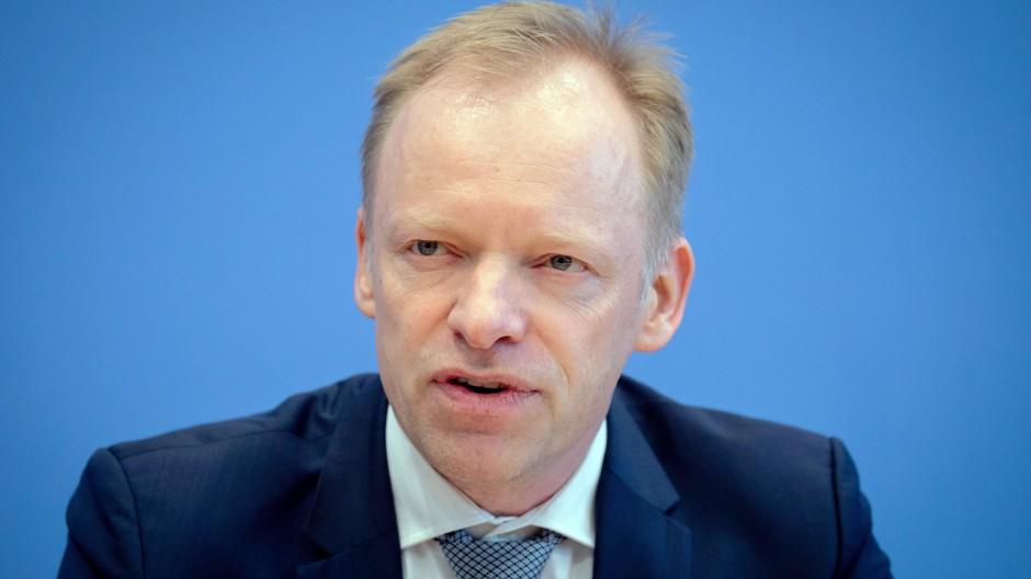 Gegen die Wiedereinführung der Vermögensteuer: Ifo-Chef Clemens Fuest