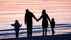 Stiefkindadoption nun auch für Unverheiratete möglich