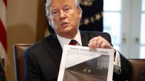 Der Streit um eine teure Grenzmauer