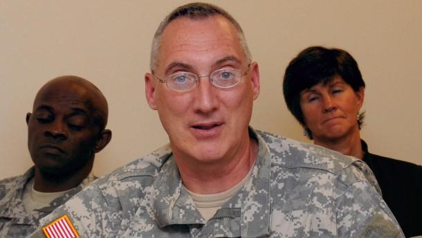 Amerikanischer General nach Kritik an Karzai entlassen