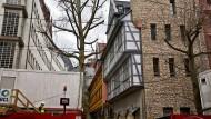 Es dauert noch: Nach aktuellem Stand öffnen die Goldene Waage und das Stadthaus im Herbst 2018.