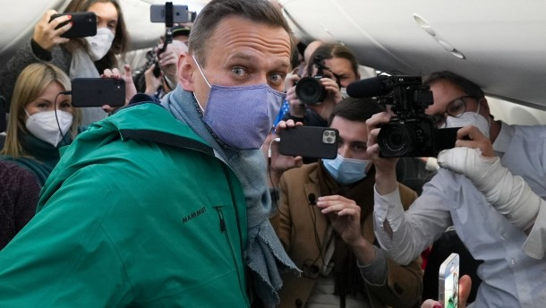 Nawalnyj in Moskau gelandet