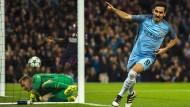 Volltreffer auch in der Champions League: Ilkay Gündogan feiert das erste seiner beiden Tore gegen den FC Barcelona.