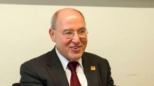 Gysi fordert mehr Einsatz von ostdeutschen Ministerpräsidenten