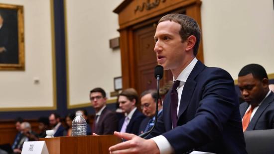 Facebook prüft keine Werbung von Politikern