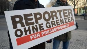 Haftbefehl für Türkei-Experten von Reporter ohne Grenzen