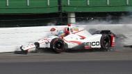 Mit weit über 300 Kilometer pro Stunde war Bourdais im Indianapolis Motor Speedway in die Mauer gekracht.