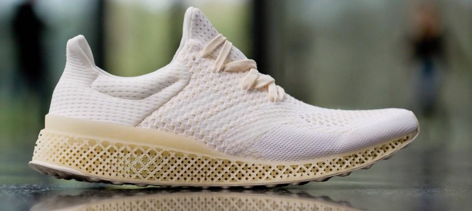 Adidas: Schuhe aus der Hochgeschwindigkeitsfabrik - Internet in der ...