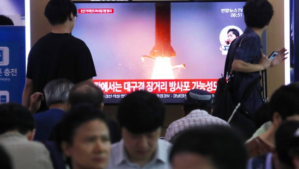 Nordkorea hat mehrere Fluggeschosse abgefeuert