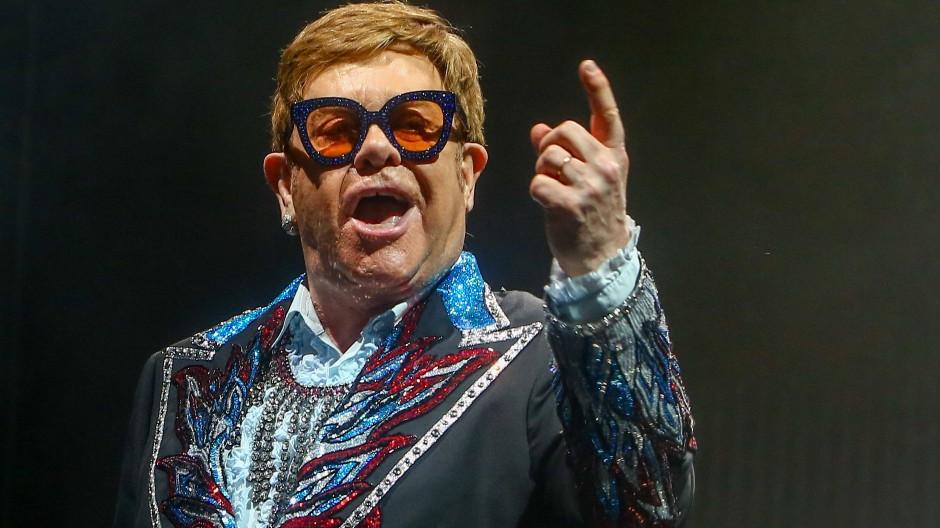 In einem offenen Brief beklagen Elton John und andere Künstler die Einschränkung ihrer Arbeit durch den Brexit