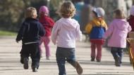 Das Betreuungsgeld setzt nach Einschätzung der OECD falsche Anreize