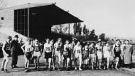 Reine Männersache: In den Hungerjahren nach dem Krieg boten der Sport und somit auch der erste Frankfurt Marathon eine willkommene Ablenkung.