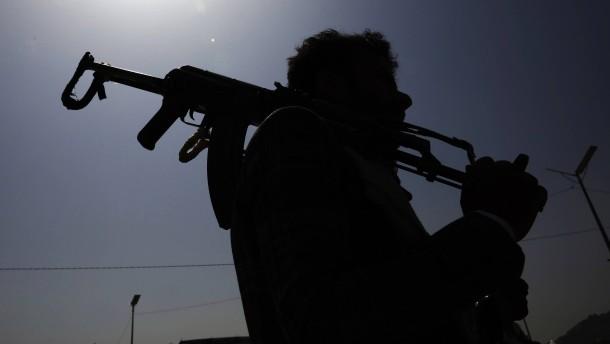 Saudi-Arabien fängt Raketen aus Jemen ab