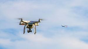 Polizei besorgt wegen Drohnen am Flughafen