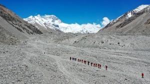 Bergsteiger dürfen wieder auf den Mount Everest
