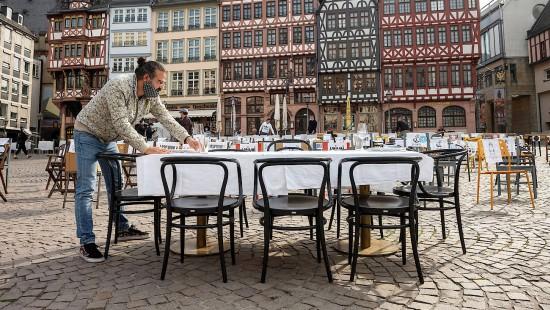 Ein Tisch für Keinen