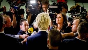 Rutte sollte sich bei Wilders bedanken
