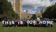 EU-Bürge vor dem Parlament in Westminster