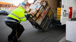 Paketdienste liefern nicht mehr am Tag der Bestellung