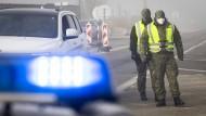 Blaulicht in Rhein-Main: Liebesspiel am Flughafen – Ordnungsamt geräumt