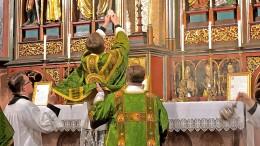 Der Liturgie-Hammer des Papstes