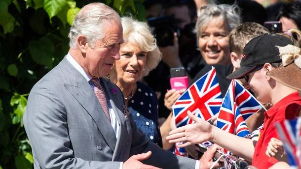 Prinz Charles und Camilla besuchen Salisbury