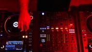 """Techno- und House-DJs legen im """"Pik-Dame"""" auf."""