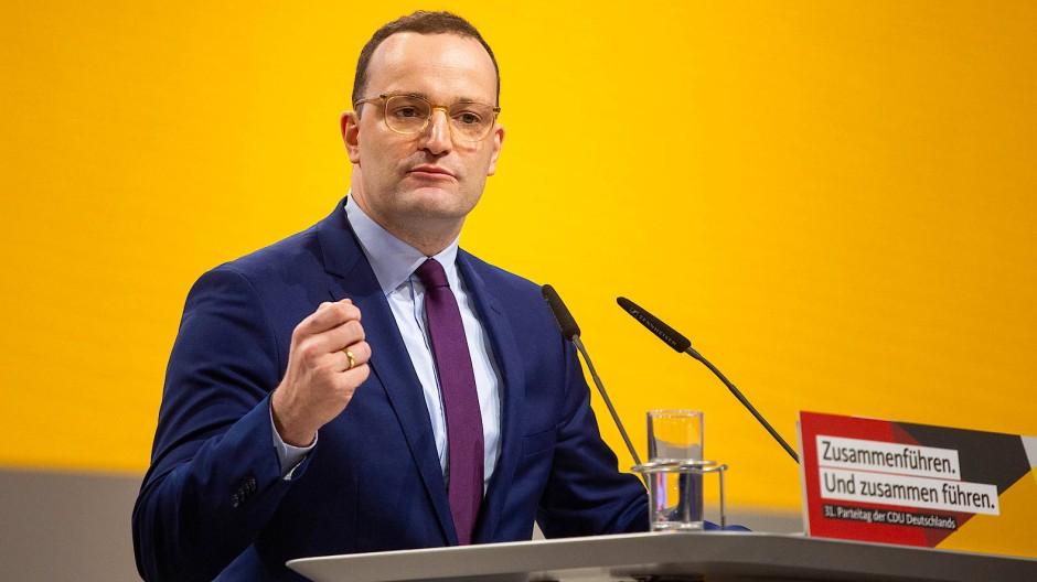 Droht mit Strafen gegen Impfverweigerer: Gesundheitsminister Jens Spahn