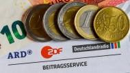 """Ohne eine """"Beitragsanpassung auf 18,25 Euro"""" des Rundfunkbeitrags sei das Qualitätsniveau des öffentlich-rechtlichen Fernsehens nicht beizubehalten, sagt ZDF-Intendant Thomas Bellut."""
