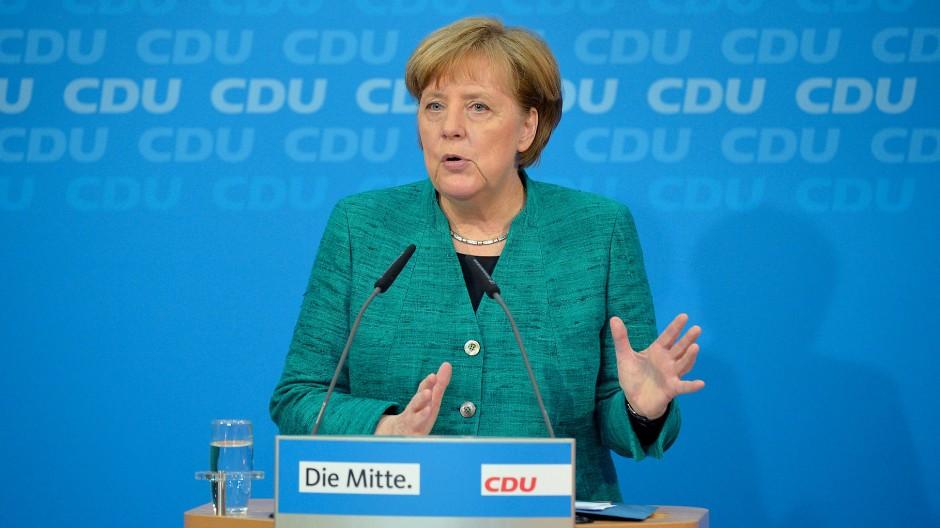 Bundesregierung: Die vier neuen Minister der Angela Merkel